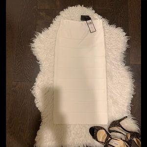 BCBGMaxAzria Leger Pencil Skirt